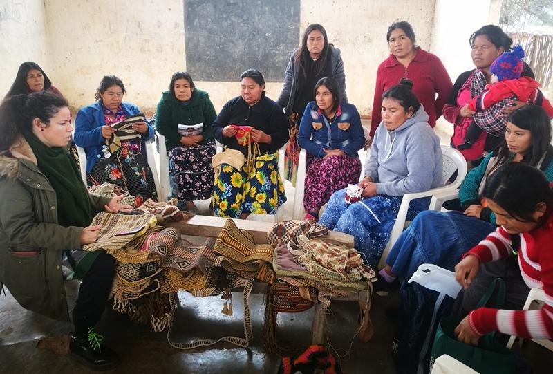 """INTA: """"crece un proyecto de mujeres artesanas textiles organizadas"""""""