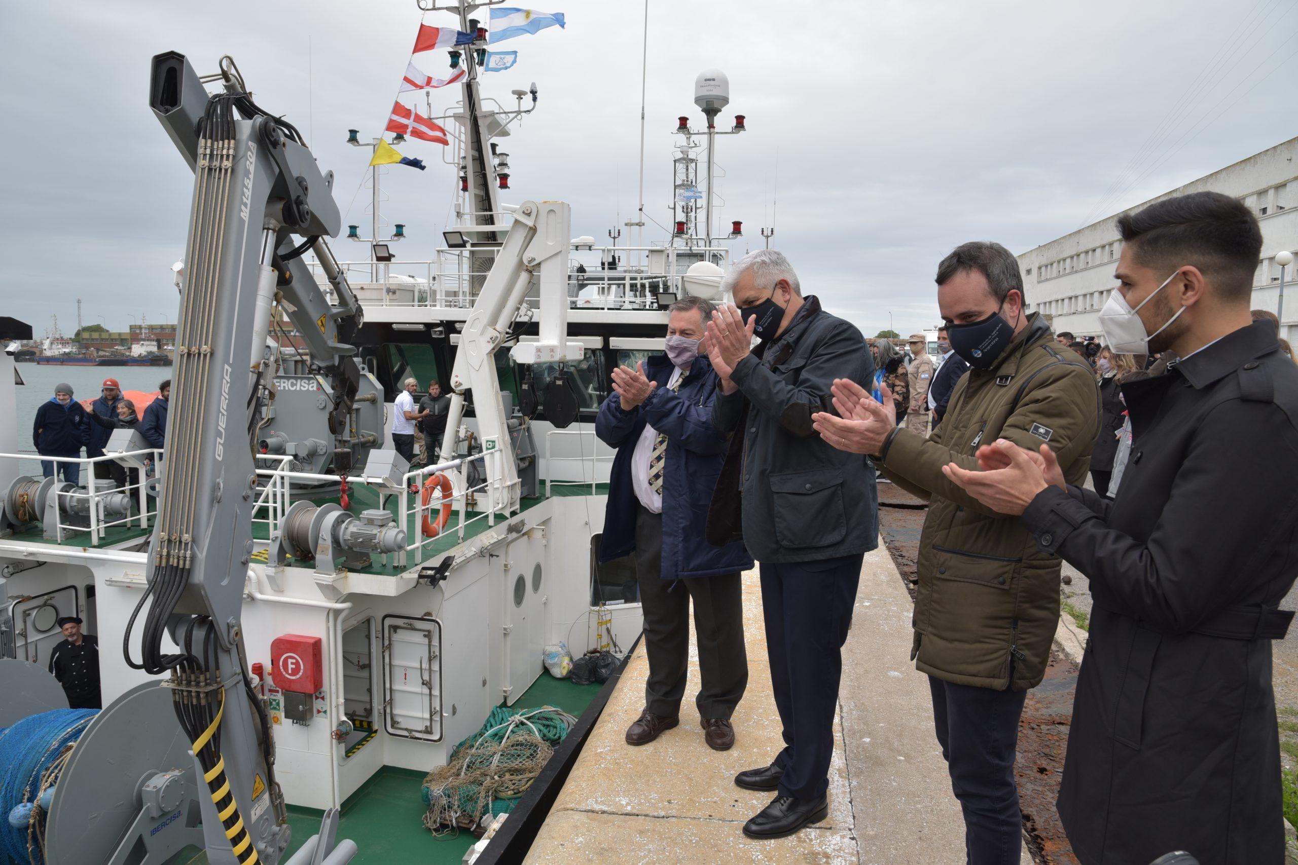 """Julián Domínguez: """"La pesca es un sector estratégico nacional"""""""